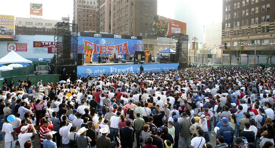 Festival de Fiesta Broadway