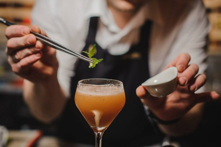 10 Things Every Mixologist Wished You Knew