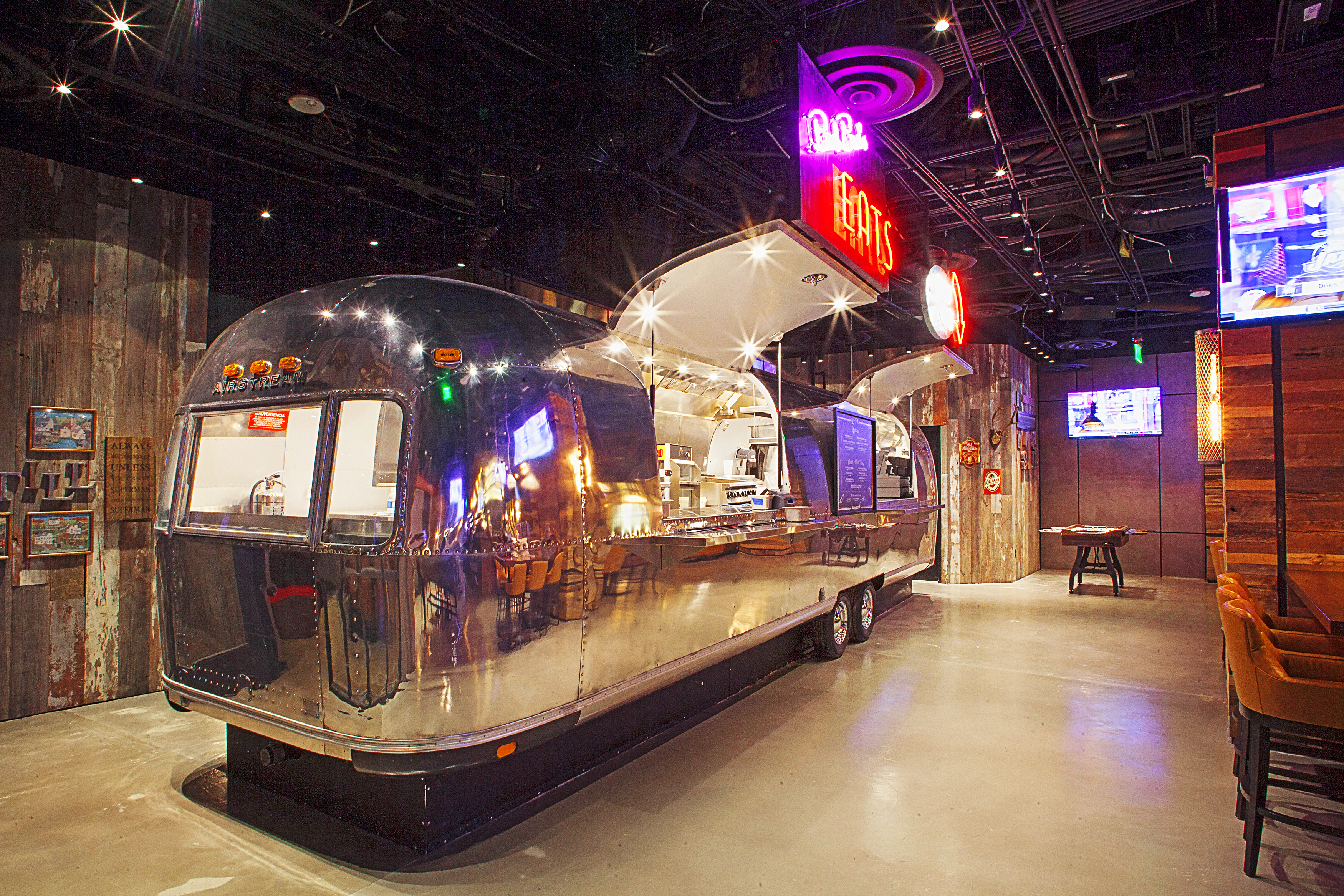 The Still A Las Vegas Restaurant With An Airstream Trailer Kitchen