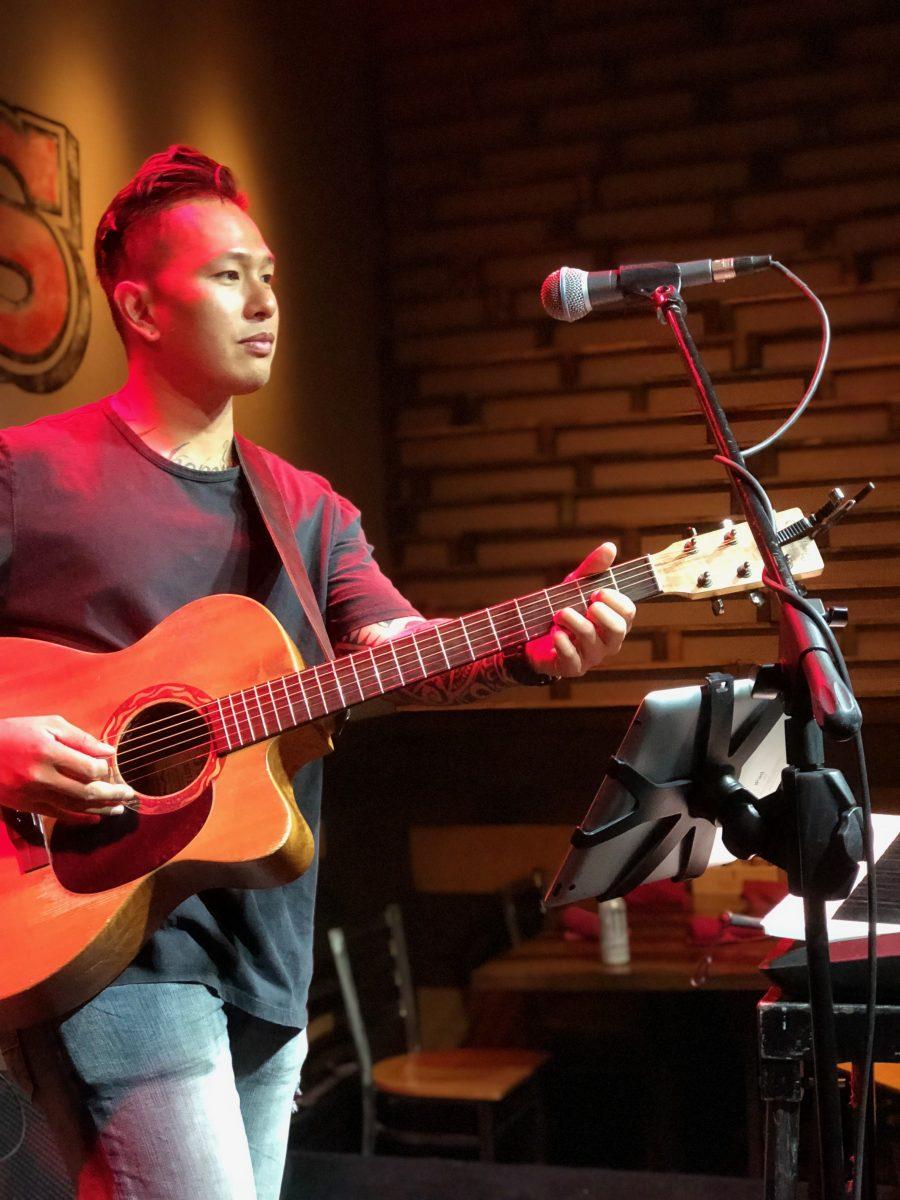 Live Entertainment at Clique Bar & Lounge