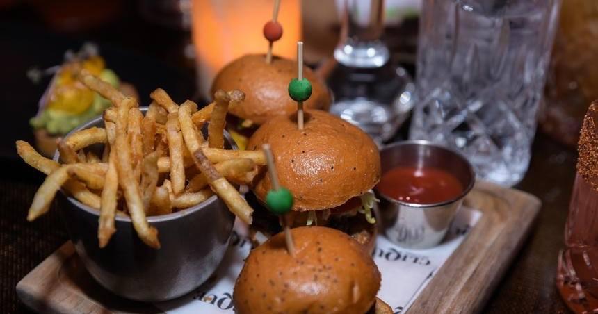 clique bar and lounge burger sliders menu Las Vegas strip inside cosmopolitan